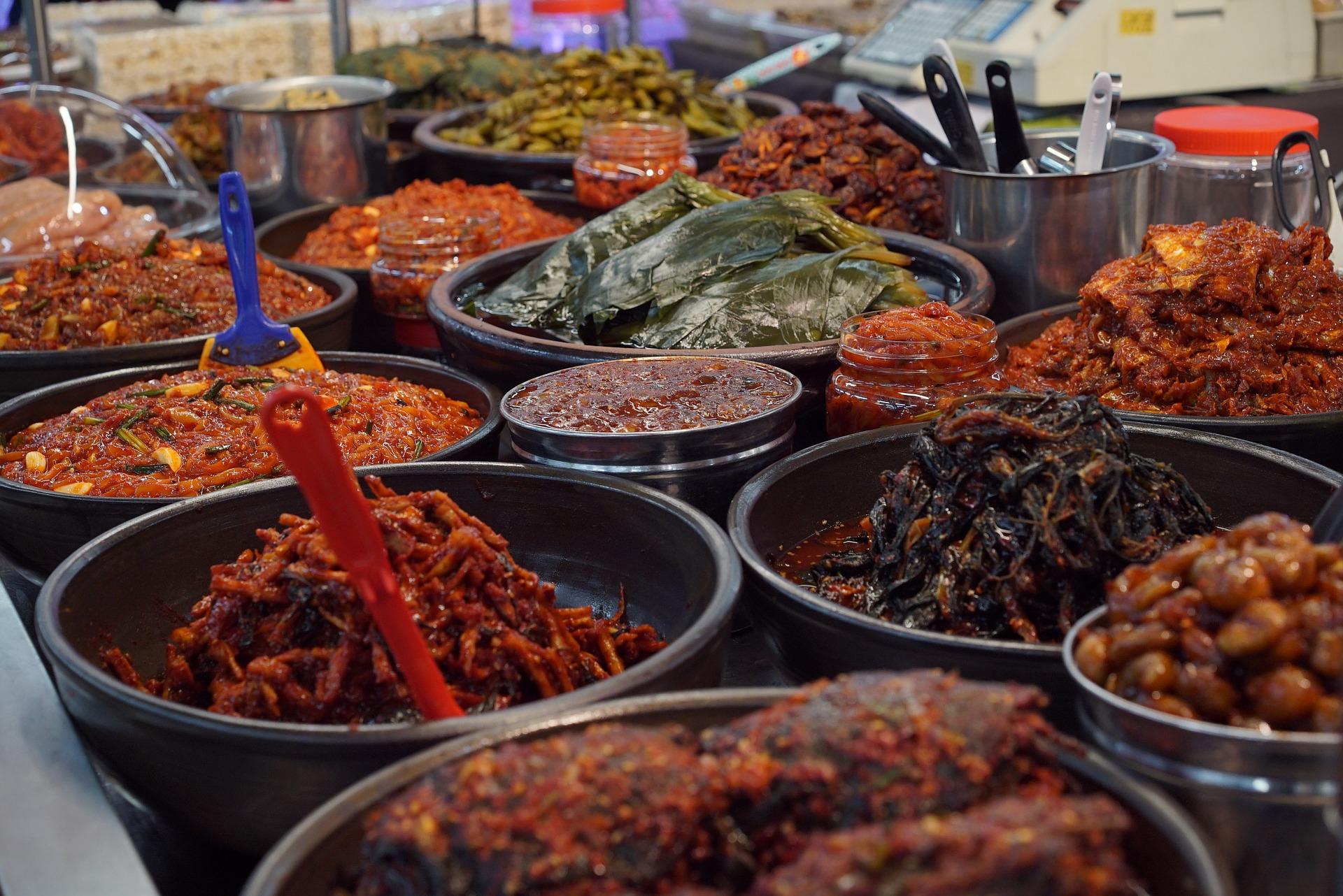 Gwangjang Market: A Guide to Seoul's Oldest Traditional Market